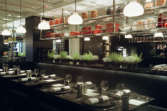 Le monde de jo l robuchon restaurants la cuisine de jo l robuchon londres - Cours de cuisine londres ...