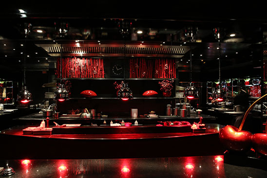paris etoile restaurant atelier of jo l robuchon le monde de jo l robuchon. Black Bedroom Furniture Sets. Home Design Ideas